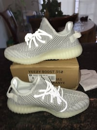 pair of white Adidas Yeezy Boost 350 Woodbridge, 22191