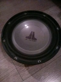 black and gray Alpine subwoofer Bakersfield, 93304
