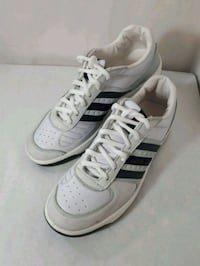 pair of white low-top sneakers Markham, L3T 4W7