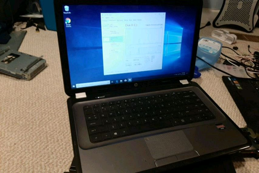 Photo HP 2000-series Laptop