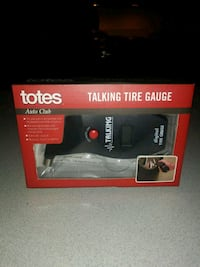 TOTES TALKING TIRE GAUGE NEW