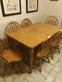 rectangular brown wooden table with six chairs din Adairsville, 30103
