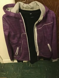 purple and white zip-up jacket Pasco, 99301