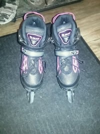Brand new black and pink girls roller blades Edmonton, T6T 0K4
