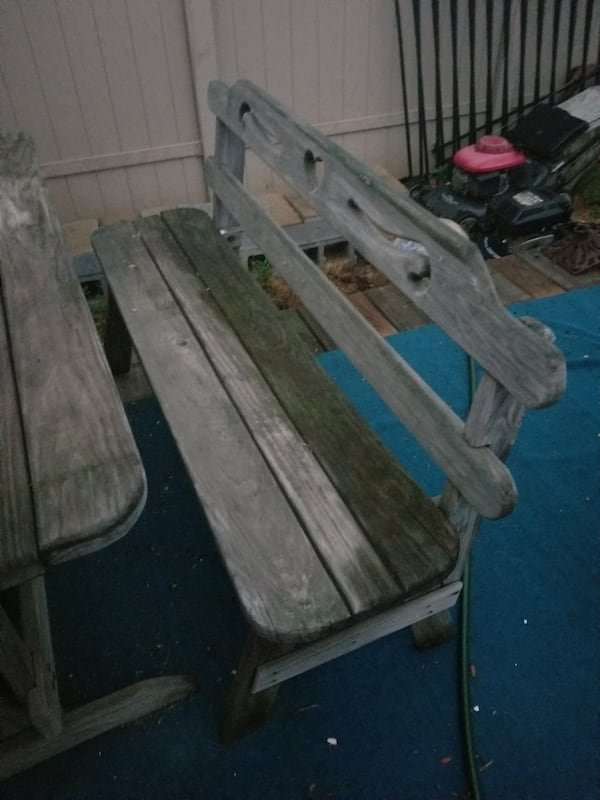 Heavy wood picnic table and benches 6b820069-3e0e-42f5-be73-3eca08f54452