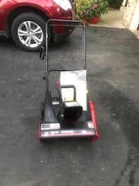 2016 like new mtd snowblower with electric start  Mount Pleasant, 53403