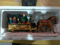 Vintage singing sleigh ride with box
