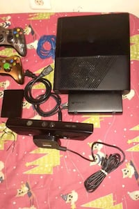 Xbox 360 E model with games and Kinect. Springfield, 22150
