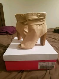 Tan heeled boots brand new  Harker Heights, 76548