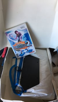 Wii dance game with dance pad. New Bradford, L3Z 3E2