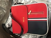 Red tommy  leather crossbody bag Vaughan, L4H 2W3