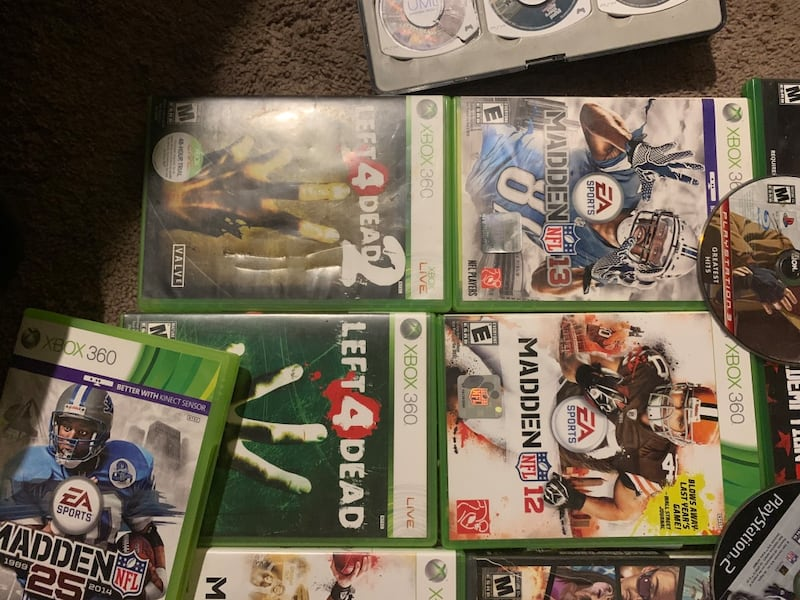 Xbox 1 games 15$ each,xbox 360 5$ must get 3 to make it worth meeting 071b0318-cd48-443c-a9c5-78963a6f53ad