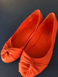 Ladies size 8 Guelph, N1E 0J1