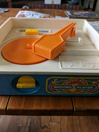 MOVING VINTAGE Fisher Price record player Bridgewater, 08807