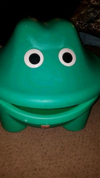 Step 2 Frog Toy Box