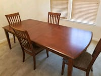 LIKE NEW REDWOOD DINING ROOM SET FOR SALE Clinton, 20735
