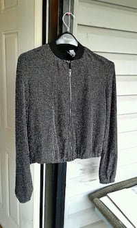 black and gray zip-up jacket Port Coquitlam, V3C 0E1