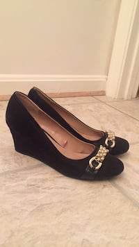 Size 8  black wedge  shoes Leesburg, 20176