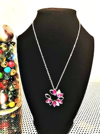 NEW CRYSTAL FLOWER NECKLACE 3132 km