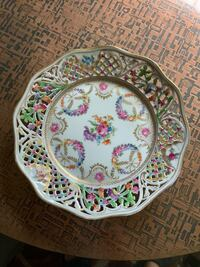 """Reticulated plate  Schumann Dresden 9""""1/4 Very good condition No chips or Cracks. 1932-1940。 Derwood, 20855"""