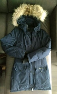 black zip-up parka jacket Toronto, M5V 4B1