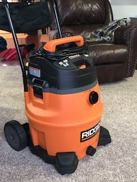 Ridgid 16 wet/dry vac with cart (MISSING HOSE) Maineville, 45039