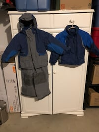 Boys 3 piece snowsuit - excellent condition  525 km