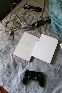 Wii, 45 inch TV,  ps2 ,ps4 controller  Frederick, 21703