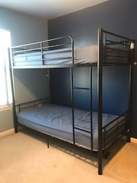 Twin bunk beds with mattress Centreville