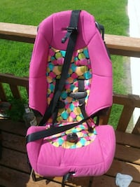 child's pink and yellow vehicle safety seat Oklahoma City, 73112