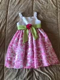 girl's pink and green floral sleeveless dress 551 km