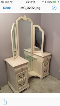 Antique Lexington Vanity from London, England Mississauga, L5L
