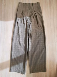 Urban Outfitters High Wasted Pants Toronto, M4S 2B2