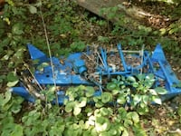 """Ford New Holland 914 belly mower 60"""" Brimfield, 61517"""