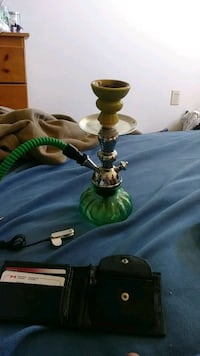 brown and green hookah with hose Oshawa, L1G 7X6