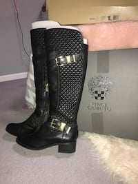 Vince Camuto boots size 7.5 women's