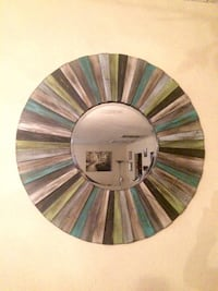 Multi-colored Planked 32' round wall mirror. Las Vegas, 89121