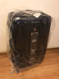 Swiss Gear La Sarinne Large Checked Luggage - Hardside Expandable Spinner Luggage 28-Inch., Black 多伦多, M6G