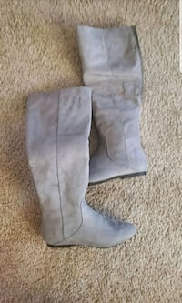 pair of gray suede knee high boots Albuquerque, 87111