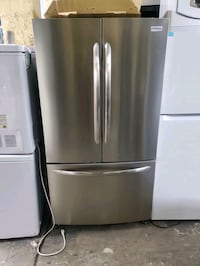 Frigidaire 36 inches French door refrigerator  The Bronx, 10469