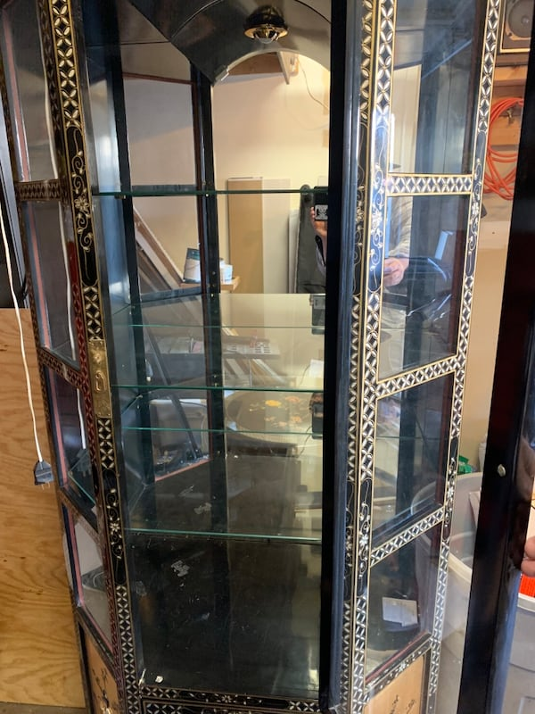Vintage China Cabinet with a Coffee Table and side table 1486cb34-47bf-408a-837c-5149ed368551