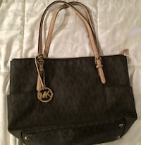 Black michael kors leather tote bag Arcata, 95521