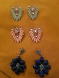 3 pairs of earrings Surrey, V3V 7W5
