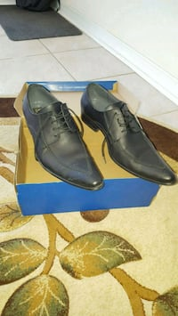 Dress shoes  559 km