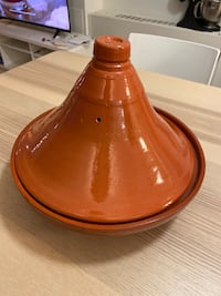 Moroccan Tagine with cookbook