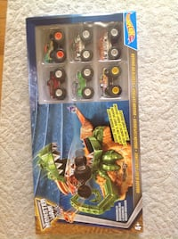 Hot Wheels Monster Jam Set with 6 Monster Trucks