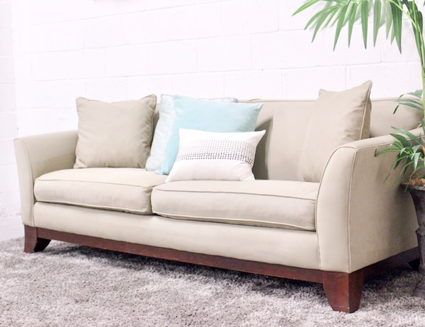 Pottery Barn Greenwich Sofa Free Delivery