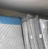twin mattress    new in sealed bag
