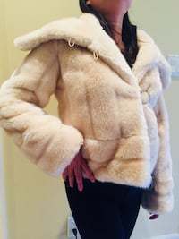Banana Republic Faux Fur Jacket (New) Richmond Hill, L4B 1B1