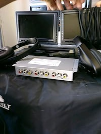 Car TV system 2 monitors and headsets Las Vegas, 89103